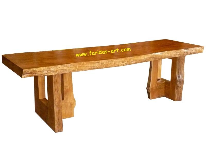 Meja Makan - Kaki tiga