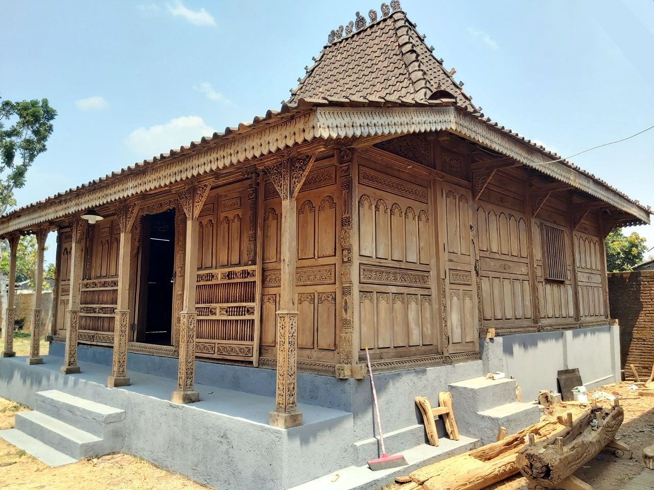 Rumah Joglo Kudusan